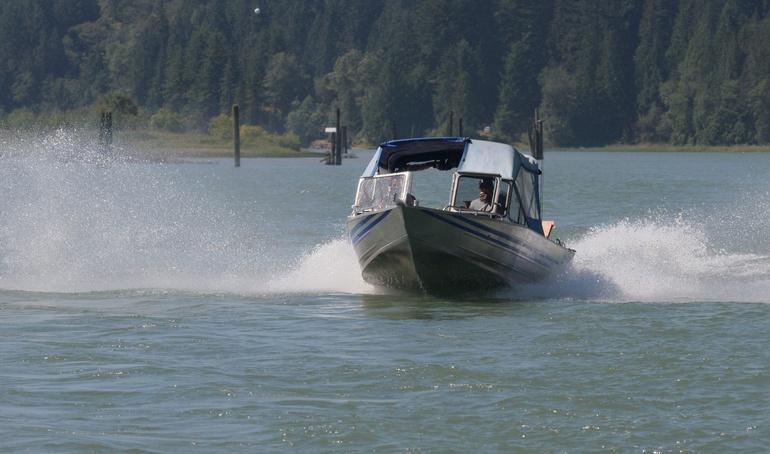 aluminum boat cutting